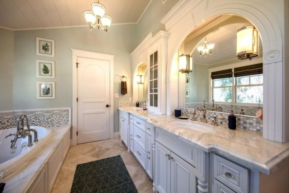 Inspiring Bathrooms With Stunning Details 26