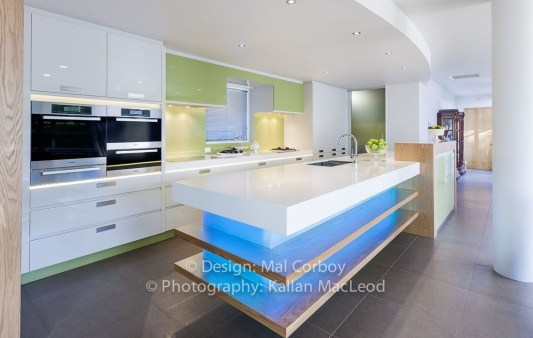Simple Steps To Create The Ultra Modern Kitchens 40