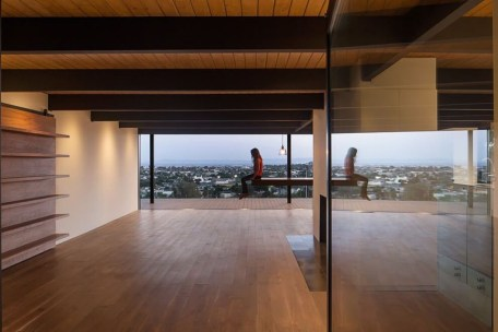 Spectacular Designs Of Minimalist Two Storey House 20