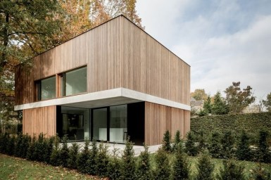 Spectacular Designs Of Minimalist Two Storey House 37