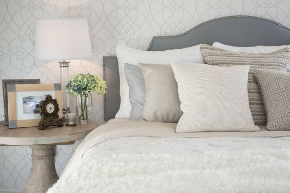 Ways Make Your Bedroom Clutter Free And Way More Chill 44