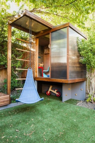 A Wooden House That's Simple On The Outside But Modern On The Inside 15