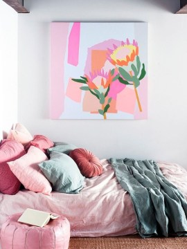 Apartment With Colorful Interior Design 45