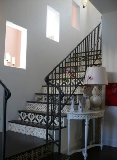 Beautiful Tiled Stairs Designs For Your House 02