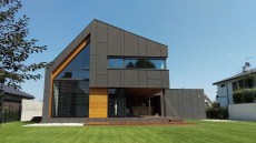 Charming And Minimalist Wooden House 35