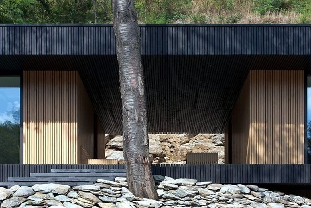 Charming And Minimalist Wooden House 46