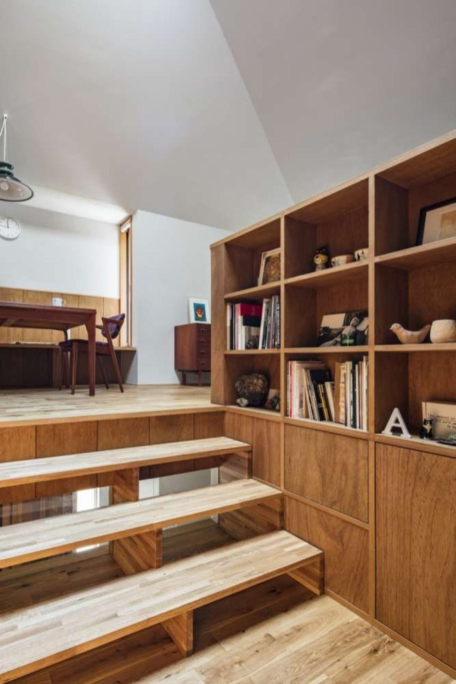 Functional Japanese House For Small Family 49