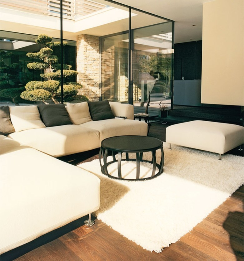 Japanese Inspired Living Rooms With Minimalist Charm 47