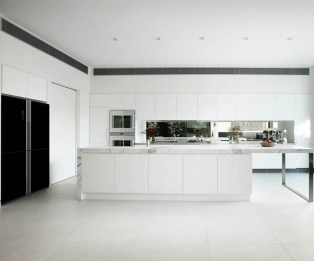 Modern Minimalist House That Full Of Surprises 04
