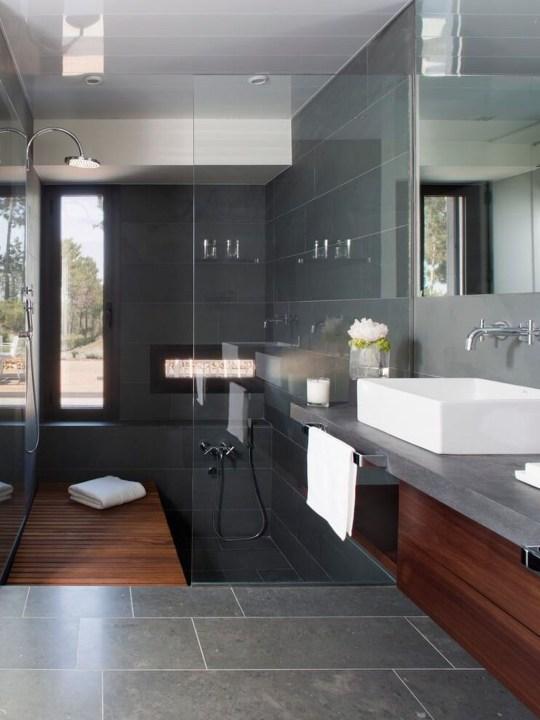 Modern Minimalist House That Full Of Surprises 14