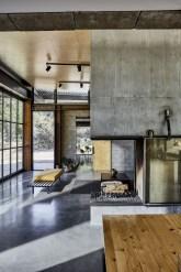 Modern Minimalist House That Full Of Surprises 16