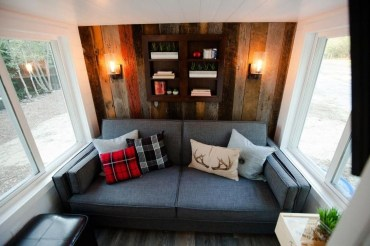 Modern Minimalist House That Full Of Surprises 19