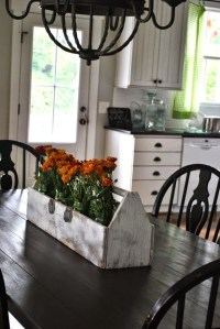 Amazing Farmhouse Kitchen Tables Ideas 14