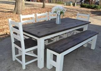 Amazing Farmhouse Kitchen Tables Ideas 22