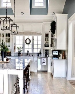 Amazing Farmhouse Kitchen Tables Ideas 40