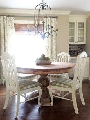 Amazing Farmhouse Kitchen Tables Ideas 44