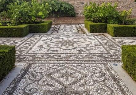 Beautiful Garden Flooring Ideas 11