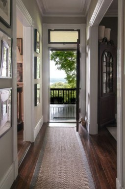 Chic And Simple Entrance Ideas For Your House 17