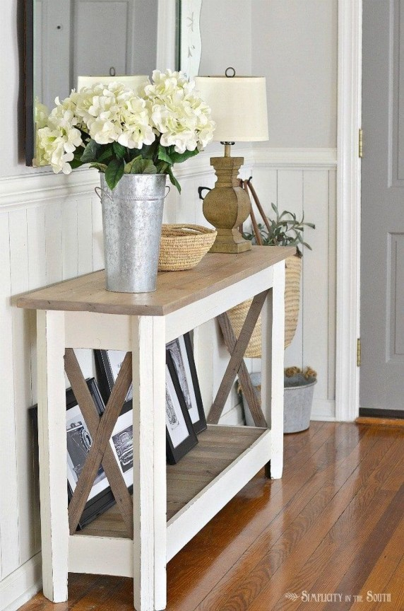 Chic And Simple Entrance Ideas For Your House 45