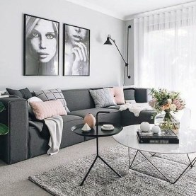 Secrets To Creating Minimalist Living Room 18