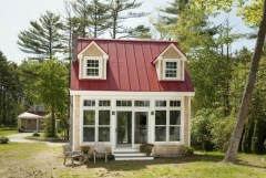 This Small Charming House Is Perfect 17