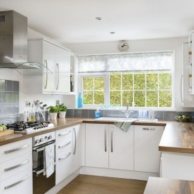 Tips On Organizing Kitchen With Small Dimension 10