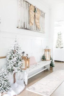 Adorable White Christmas Decoration Ideas 17
