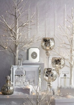 Adorable White Christmas Decoration Ideas 34