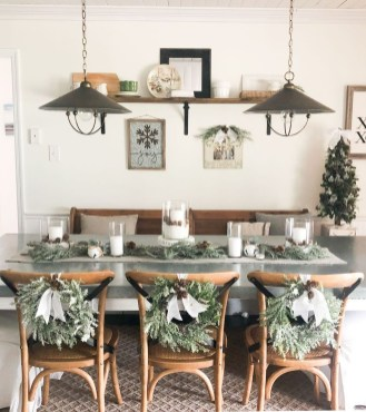 Awesome Christmas Kitchen Decor Ideas 17