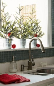 Awesome Christmas Kitchen Decor Ideas 30