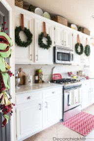 Awesome Christmas Kitchen Decor Ideas 40