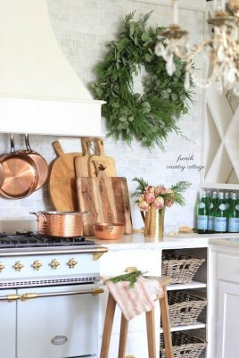Awesome Christmas Kitchen Decor Ideas 42