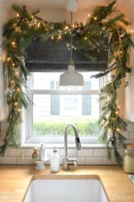 Awesome Christmas Kitchen Decor Ideas 46