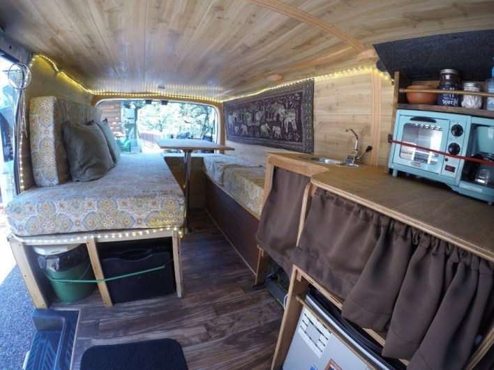 Beautiful Rv Remodel Camper Interior Ideas For Holiday 30