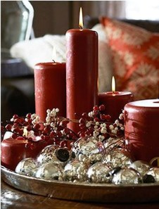 Charming Christmas Candle Decor Ideas 12