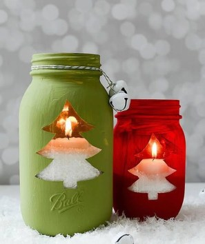 Charming Christmas Candle Decor Ideas 24