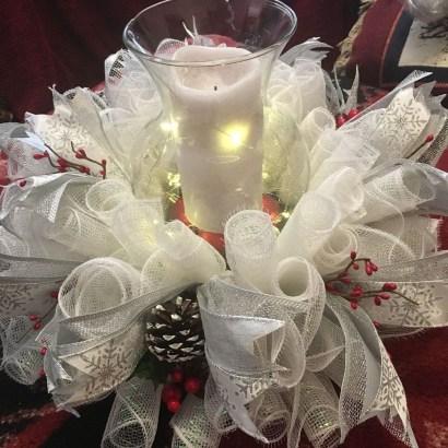 Charming Christmas Candle Decor Ideas 34