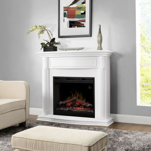 Comfy Winter Living Room Ideas With Fireplace 26