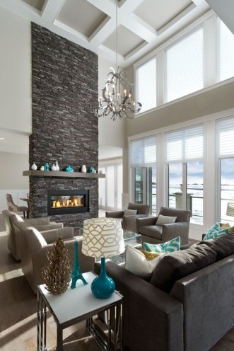 Comfy Winter Living Room Ideas With Fireplace 49