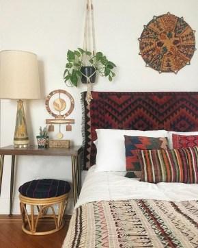 Creative Bohemian Bedroom Decor Ideas 15
