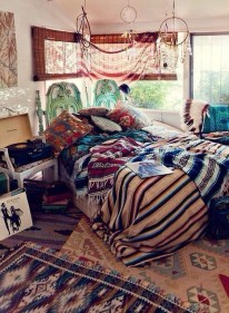 Creative Bohemian Bedroom Decor Ideas 19