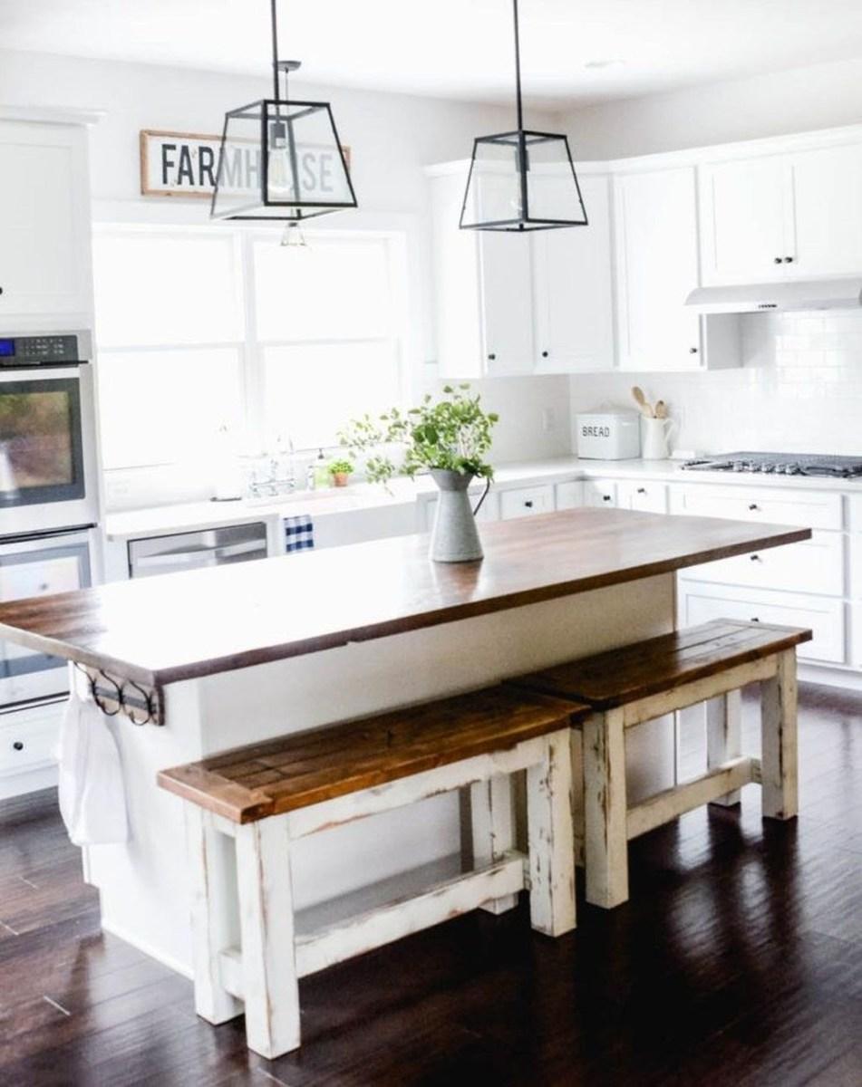 Cute Farmhouse Kitchen Remodel Ideas 07