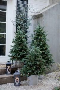Cute Outdoor Christmas Decor Ideas 10