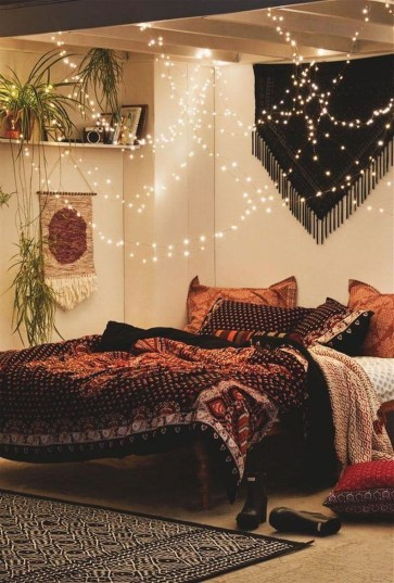 Elegant Bohemian Bedroom Decor Ideas 12