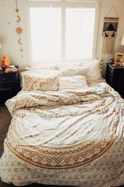 Elegant Bohemian Bedroom Decor Ideas 30