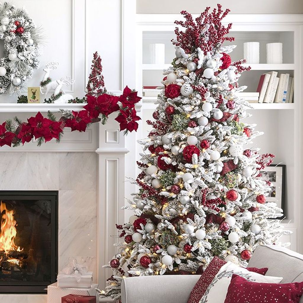 Extraordinary Christmas Tree Decor Ideas 46