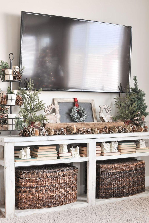Gorgeous Christmas Apartment Decor Ideas 10