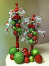Lovely Red And Green Christmas Home Decor Ideas 45