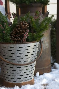 Perfect Christmas Front Porch Decor Ideas 52