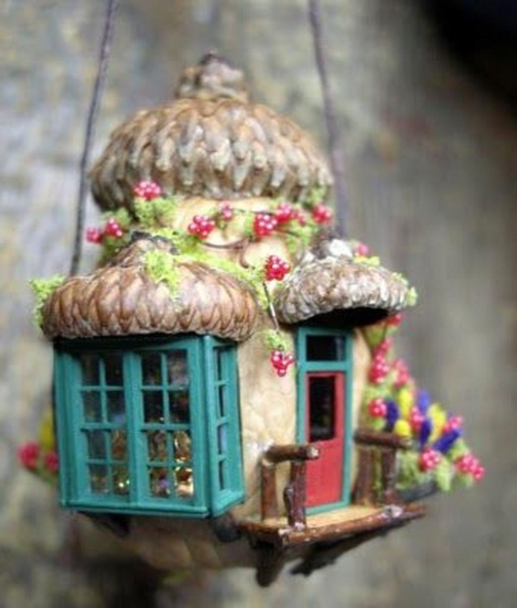 Pretty Diy Christmas Fairy Garden Ideas 41